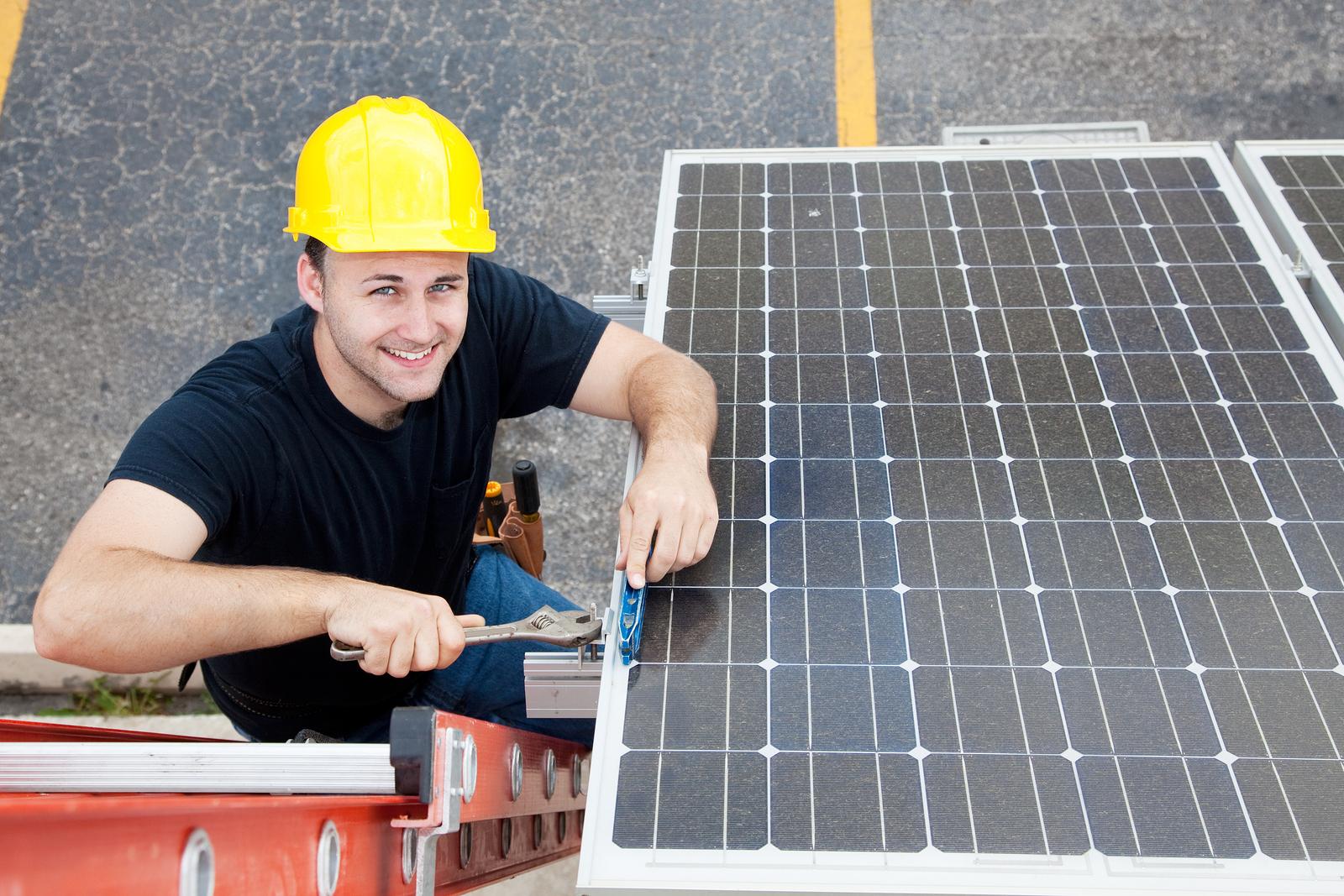 12 wichtige Schritte zur Photovoltaik-Anlage